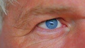 Existen muchas infecciones, alergias y enfermedades que pueden hacer que los ojos se hinchen.