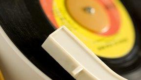 A veces escuchar canciones viejas nos traen recuerdos que provocan tristeza.