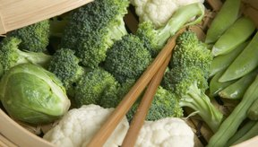 Utiliza salsas para complementar las verduras al vapor.