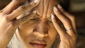 Una conmoción cerebral puede desencadenar un dolor de cabeza severo.