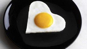 Puedes incluir huevos en tu desayuno rico en proteínas.