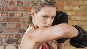 Fortalece la articulación del codo con ejercicios apropiados.