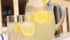 Un simple vaso de limonada puede contener un par de cientos de calorías.