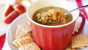 La sopa de lentejas tiene una gran cantidad de proteínas.