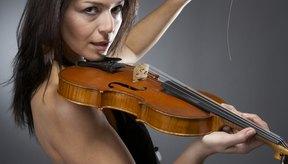 Una persona que pesa 110 libras quemará 38 calorías si toca el violín por 30 minutos.