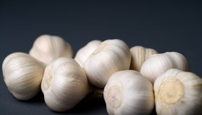 La inflamación y el dolor pueden ser el resultado de una intolerancia a los fructanos en el ajo.