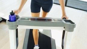 Caminar en una caminadora durante 30 minutos al día será beneficioso para tu salud.