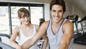 Los suplementos de DHEA incrementan los niveles de testosterona y estrógeno en hombres y mujeres.