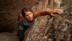 Mejorar tu fuerza en los dedos es clave para avanzar como escalador.