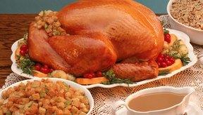 Preparar una cena festiva baja en carbohidratos puede ser difícil.