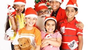 Ten a los niños ocupados con juegos y actividades festivas.