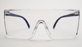 Prevent Blindness American recomienda gafas deportivas para diferentes deportes.