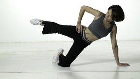El ejercicio bent-knee side bridge trabaja los glúteos menores.