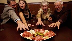 Una regla básica es no salir a comer si tienes hambre.