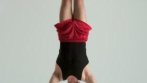 Practica regularmente esta pose hasta que puedas mantener la postura durante dos o tres minutos.
