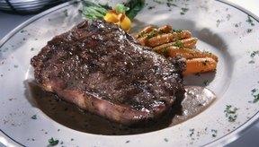 En algunos filetes, casi dos tercios de las calorías provienen de grasas.