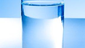 El agua potable puede causar acidez.
