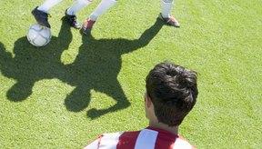 El defensa perderá un tiempo en la jugada lo cual ter permitirá realizar un tiro o pasar el balón.
