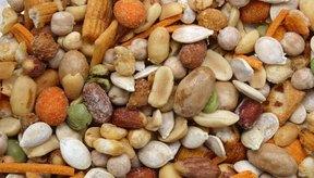 Una variedad de nueces y semillas.