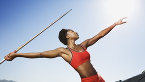 El lanzamiento de jabalina y salto con pértiga no pueden ser incluidas en algunos encuentros a nivel preparatoria.
