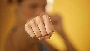 Los nudillos duros como la roca pueden prevenir lesiones.