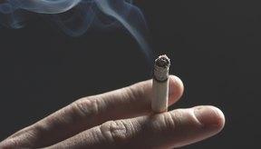 La exposición al humo de segunda mano incrementa el riesgo de sufrir cáncer de pulmón.