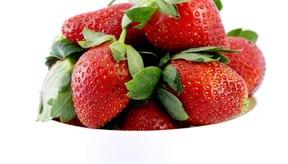 Las fresas contienen fibras solubles e insolubles.