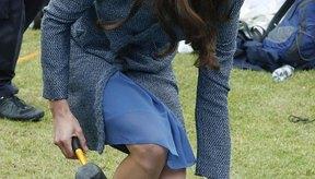 Kate Middleton usa su casquete con facilidad y sofisticación.