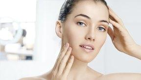 El jugo del limón puro puede ayudar con varios tipos de problemas de la piel.