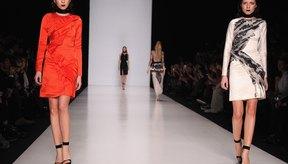 Modelos caminan la pasarela de la Semana de la Moda de Rusia 2013.
