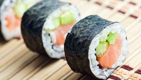 El sushi lleva pescado crudo.
