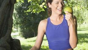 Los diabéticos pueden intentar mantener bajos sus niveles de azúcar en la sangre siguiendo una cuidadosa dieta.