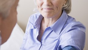 La hipertensión arterial es común entre las personas de edad avanzada.