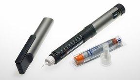Jeringas de insulina en diferentes presentaciones.