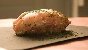 Una olla de cocción lenta puede preparar un lomo de cerdo asado en más o menos seis horas.