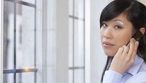 Los flequillos de costado se pueden cortar en cabello lacio u ondulado.