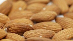 Para comidas libres de gluten, usa alimento de almendras, que consiste en almendras molidas.