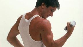 Puedes desarrollar tus bíceps sin batidos de proteína siguiendo un régimen adecuado de dieta y alimentación.