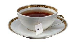 Bebe té negro.
