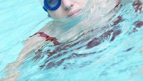 Si tus gafas causan moretones en tus ojos, entonces tendrás que dejar de usarlas hasta que el dolor desaparezca.