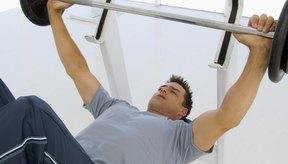 El entrenamiento con pesas puede ayudarte a aumentar el tamaño de tu cuerpo.