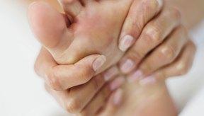 Date un masaje de pies para estimular la circulación.