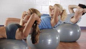 Las pelotas de equilibrio aumentan la contracción de la parte baja del abdomen para tonificarlo.