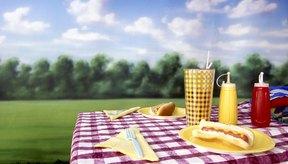 Los alérgenos de la mostaza y de la salsa de tomate pueden dañar la diversión en un picnic.
