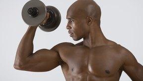 El sobreentrenamiento de tu bíceps puede provocar tendinitis.
