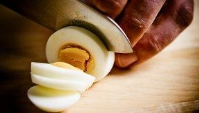 Toda la grasa de los huevos se encuentra en la yema.