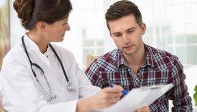 Consulta con tu médico para descubrir la causa de tu dolor.