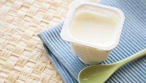 El yogurt sin grasa es un gran tentempié.