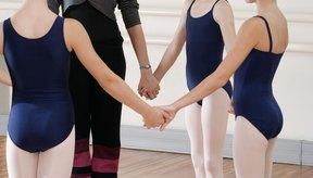 Para mejorar la forma de tu trasero debes realizar ejercicios correctivos y de fuerza.