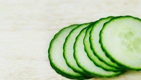 Tomar jugo de pepino aumenta tu nivel de consumo de fibra dietética.